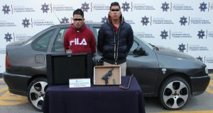 En La Paz aprehende a dos por posible robo a casa habitación