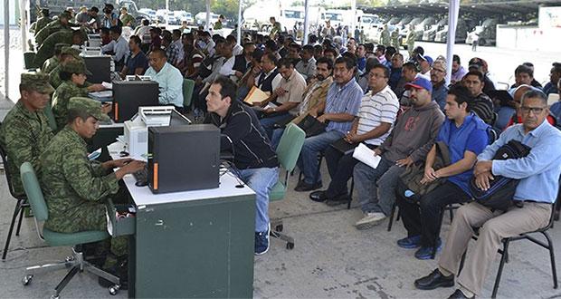 Sedena recibe 6 mil solicitudes de choferes para pipas de Pemex