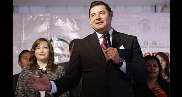 Senadores salen a apoyar aspiración de Armenta a gubernatura