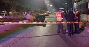 Joven muere tras volcar su automóvil en la vía Atlixcáyotl
