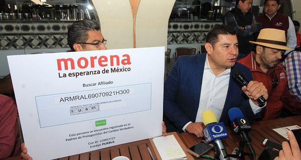 Alejandro Armenta reta a contrincantes a mostrar afiliación a Morena