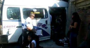 Choque de combi contra casa deja 8 heridos en Loma Bonita Caleras