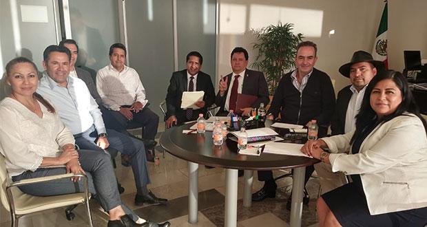 """Diputados locales se reúnen con Chidiac tras acusarlo de """"coacción"""""""