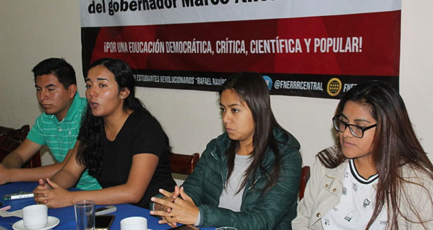 Exigen a gobierno de Tlaxcala equipamiento para casa de estudiantes