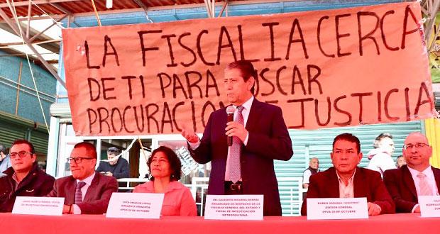 FGE da orientación a miembros de la 28 de Octubre en mercado Hidalgo
