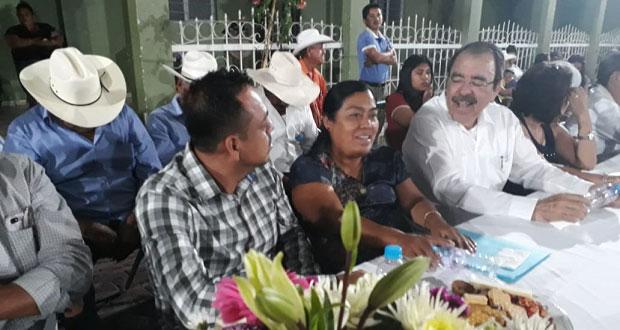 Gerardo Vidals rinde protesta como edil auxiliar en Tecomatlán