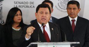 Sin pruebas, Héctor Alonso acusa al gobierno de Puebla de espionaje