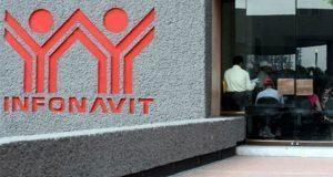 Trabajadores acusan que créditos de Infonavit se vuelven impagables