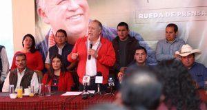 En Zacatlán, Lorenzo Rivera comienza a reunirse con bases priistas