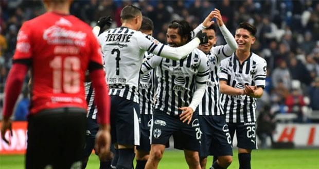 Monterrey mantiene paso goleador