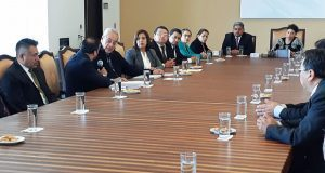 Pacheco y trabajadores del estado acuerdan trabajar en coordinación