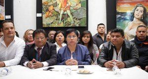Quezada y 22 líderes de colonias pugnan por Barbosa como candidato