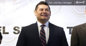 """ONG acusa a Armenta de pactar con PAN para """"descarrilar"""" a Barbosa"""