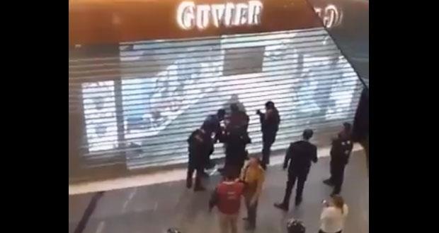 Asalto armado a joyería en Parque Puebla causa pánico y cierre de accesos