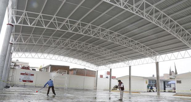 Invierten 4 mdp en techado de tres escuelas en San Andrés Cholula