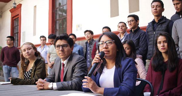 Grupo de universitarios se pronuncia a favor de Barbosa