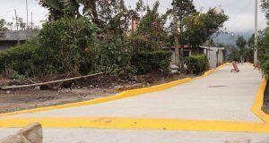 Inauguran pavimentación de calle ubicada en localidad de Tlaola