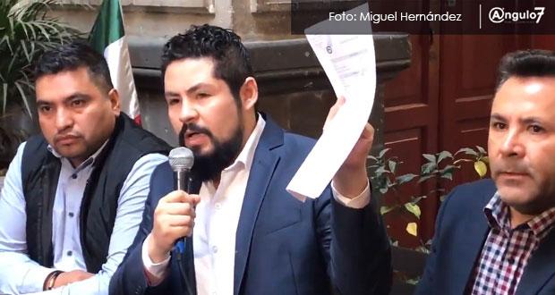 Regidor poblano denuncia que compañero lo amenazó por no apoyar a Barbosa