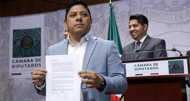 Se quiebra PRD en San Lázaro: renuncian coordinador y 8 diputados