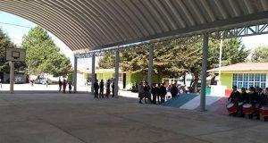 Movimiento Antorchista inaugura techado de telesecundaria en Libres