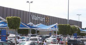 En México, empleados de Walmart amagan con huelga para marzo