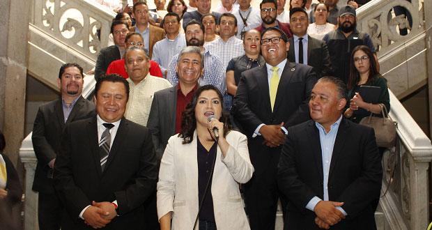 Acuerdan aumento del 4.6% al salario de los sindicalizados del ayuntamiento