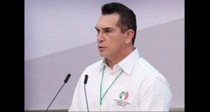 Gobernadores advierten que no permitirán más abucheos en eventos
