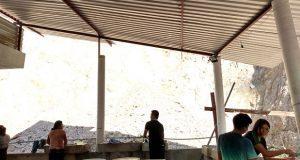 Ayuntamiento de Tecomatlán entrega láminas para Villa Estudiantil