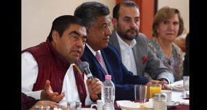 Barbosa se pronuncia por terminar privilegios para empresarios