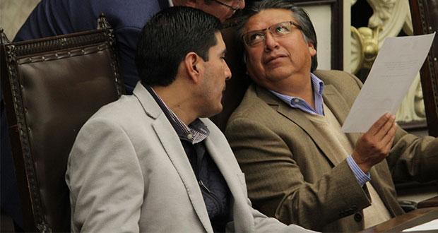 Coordinadores de bancadas de MC y PRD respaldan a Barbosa