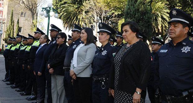 Claudia Rivera toma protesta a 53 nuevos mandos medios de la Ssptm