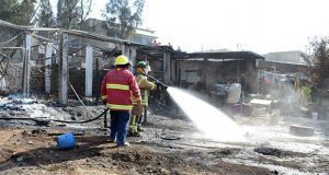 Explotan polvorines en fábrica de pirotecnia en Chimalhuacán, Edomex
