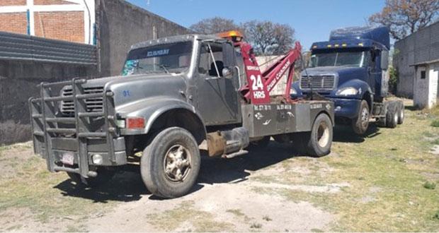 FGE recupera tracto camión en cateo a casa de Puebla capital