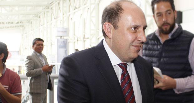 Exigir mi renuncia sin sustento es golpeteo político: Manzanilla