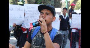 Con protesta, buscan atender demandas de estudiantes en Tlaxcala