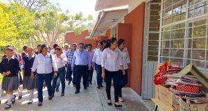 Inauguran aulas y rehabilitación de primaria en Yeloixtlahuaca