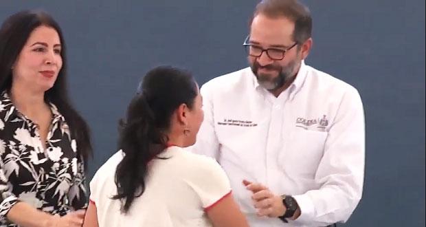 Gobernador de Colima reclama abucheos