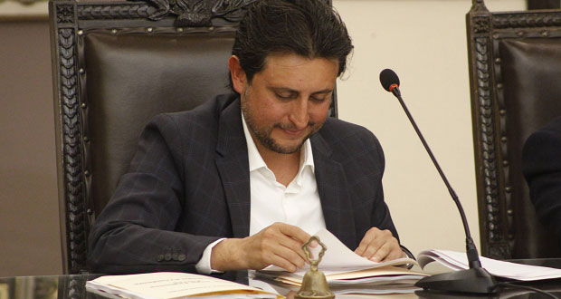 Por mayoría, aprueban iniciar procedimiento contra JJ por cuenta de 2015
