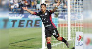 Con 10 hombres, Lobos BUAP derrota 2-1 al Pumas