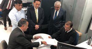 Nieto denuncia en Fepade dinero ilícito a documental sobre AMLO