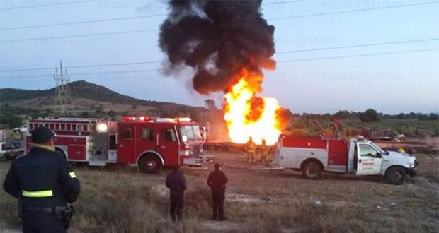 Registran incendio de toma clandestina y camioneta en Texcoco