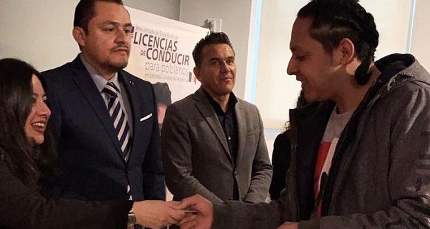SIMT entregará licencias de conducir a poblanos radicados en EU