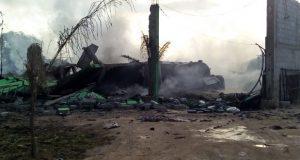 Se incendia casa en Tepeaca; presuntamente guardaba huachicol
