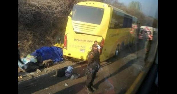 Mueren 9 en volcadura de autobús en Petlalcingo; 4 eran alumnas del tec de Acatlán