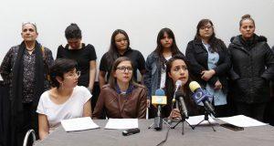 Ayuntamiento dialoga con activistas agredidas por ambulantes en CH