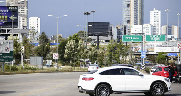 Pérez pide a SIMT solucionar alumbrado público en la Atlixcáyotl