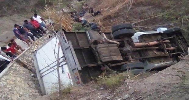 Accidente carretero en Chiapas deja al menos 20 muertos y 29 heridos