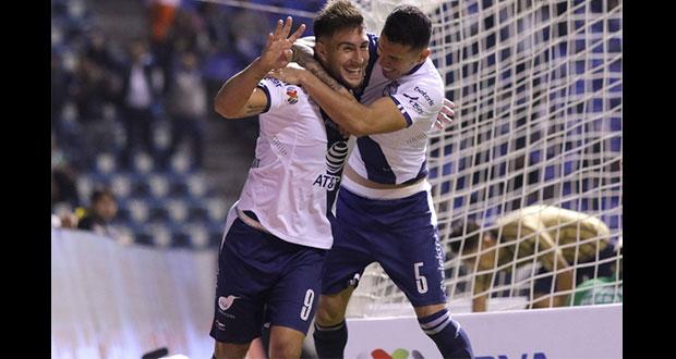 Club Puebla vence a Pumas y sueña con liguilla