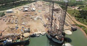 Señalan corrupción en 4 empresas invitadas a construir Dos Bocas