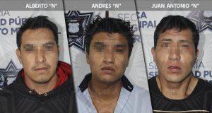 Ssptm detiene en Tres Cruces a tres presuntos asaltantes de Oxxo